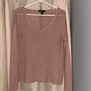 Light weighted sweater